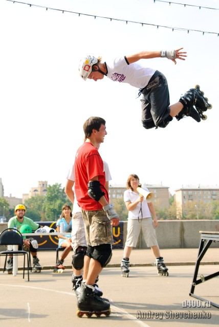 фото roller style jump прыжки на роликах